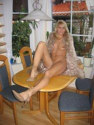 Blonde Milf Babe