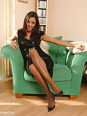 Sexy girl next doors shows her stockings and heels (fifi2)