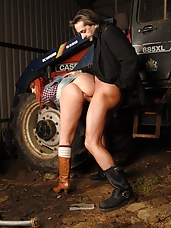 British pornstar Loz Lorrimar loves going to work a few hours at her local farm. The farm owner fancied her so fucked her in the ass and jizzed on her