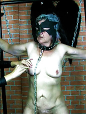 Hot mature domina
