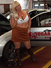 Cougar On The Prowl