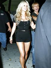 Blonde bombshell Jessica Simpson cameltoe