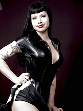 Mistress Maya gallery