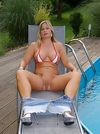 Pool Babe