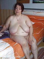 Big titted mature mama getting frisky