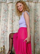 emma showing her panties