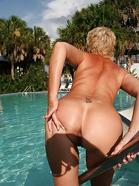 Play With Tracy in the Pool